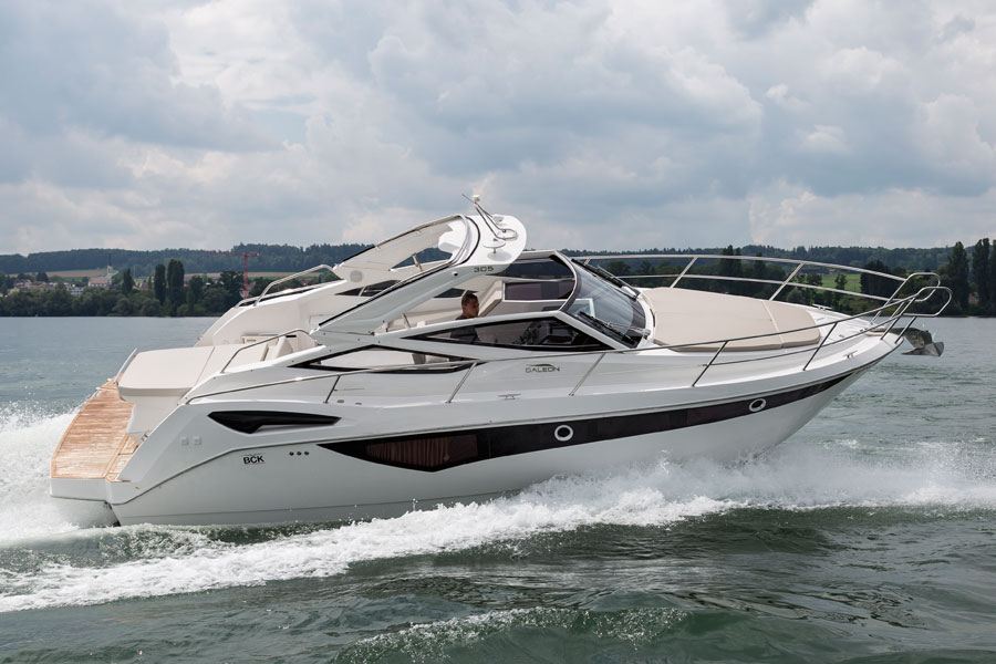 Galeon-305-open-running-2