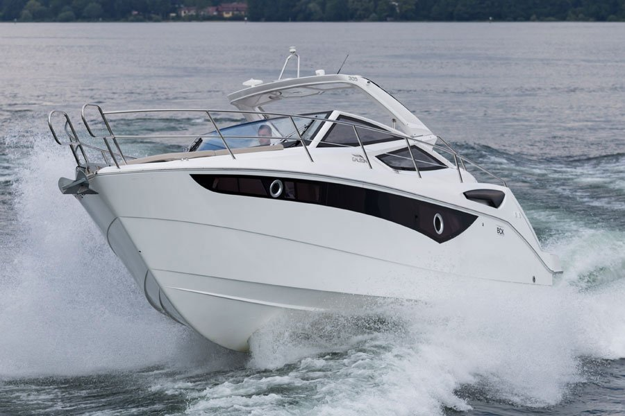 Galeon-305-open-running-3