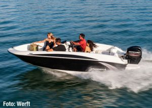 bayliner_element_running