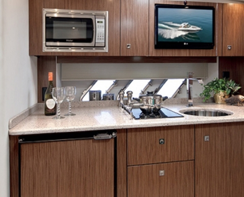 Cruisers-350-galley
