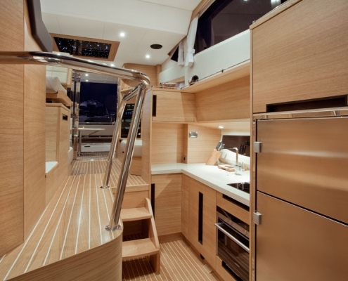 Galeon-420-Fly-galley-eiche