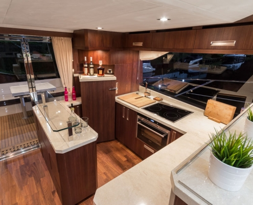 Galeon-560-Sky-galley