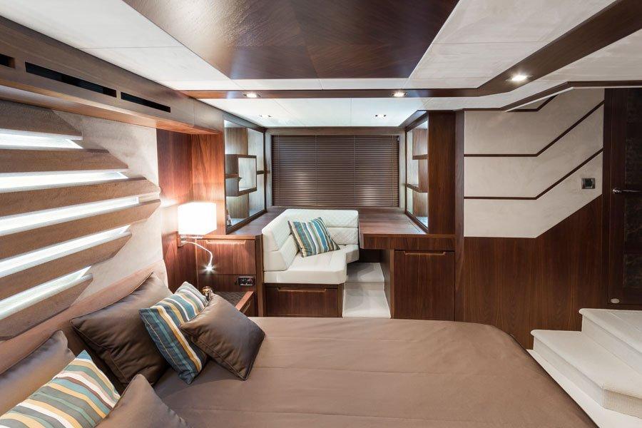 Galeon-560-Sky-kabine