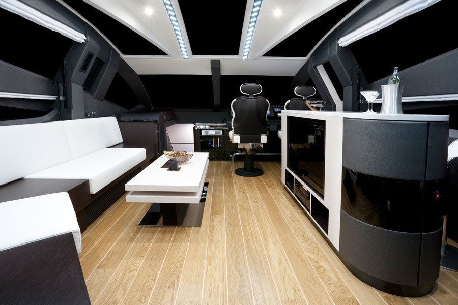 Galeon-700-Sky-salon